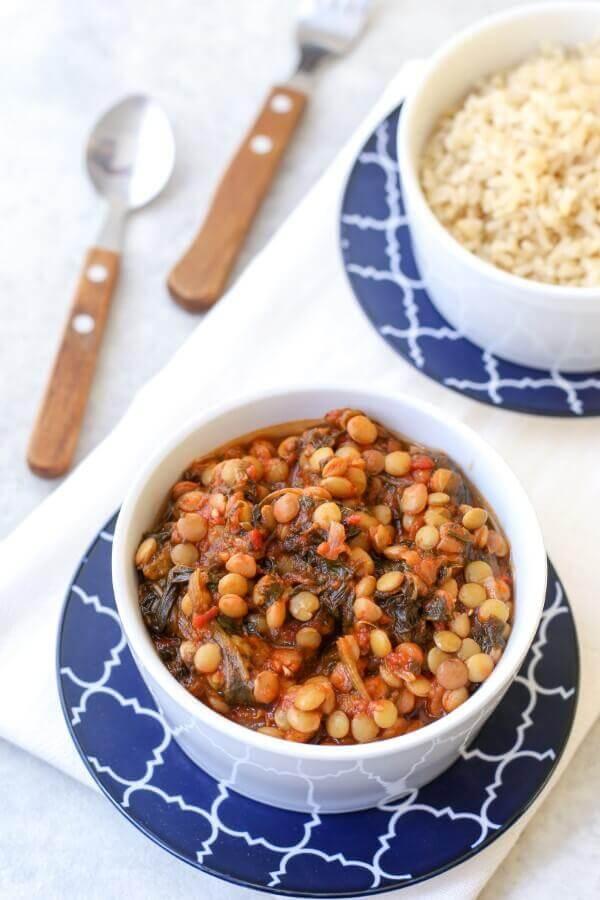 תבשיל עדשים ירוקות ותרד ברוטב עגבניות בבלוג כל הדברים הטובים