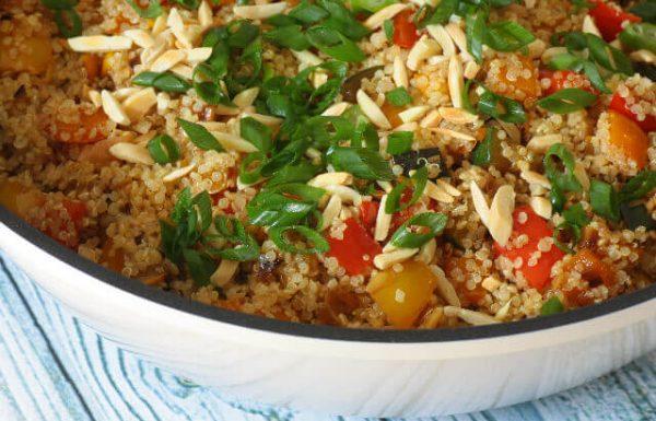 קינואה עם ירקות מוקפצים (טבעוני, אופציה ללא גלוטן)