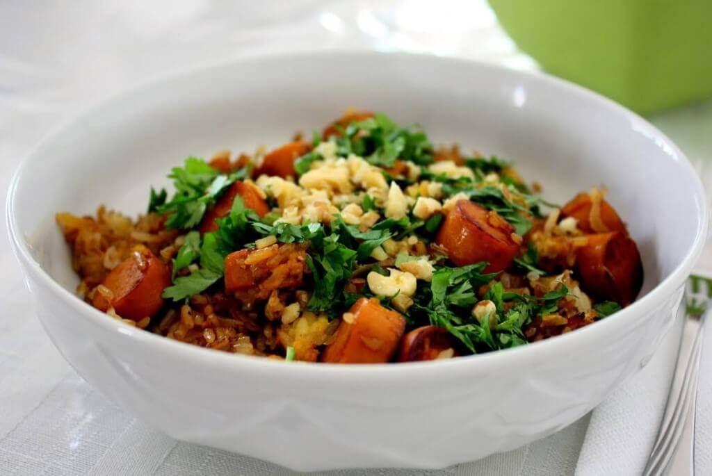 אורז מוקפץ עם נקניקיות סויה בבלוג כל הדברים הטובים