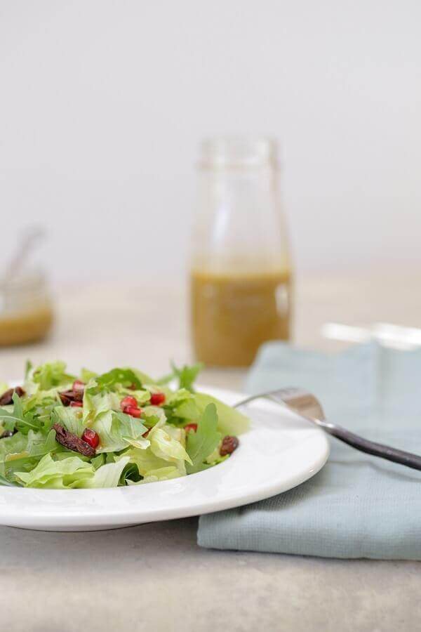 סלט חסה ירוק עם רוטב ויניגרט בלסמי בבלוג כל הדברים הטובים